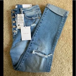 KanCan Buttonfly Distressed Jean | NWT